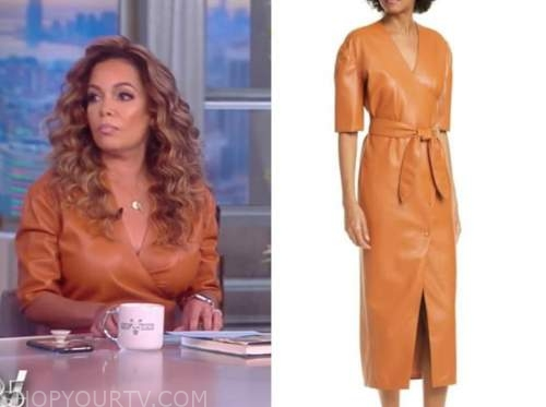 sunny hostin, the view, camel wrap leather dress