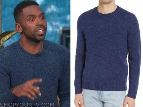 justin sylvester, E! news, daily pop, blue sweater